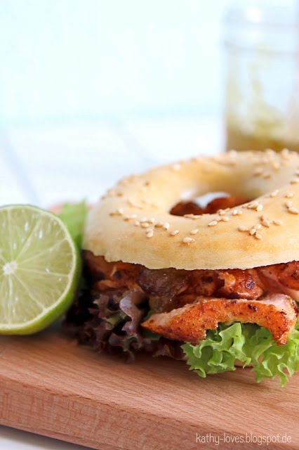 Pulled Lachs Bagel Salmon Burger mit Feigen Senf - by Kathy Loves