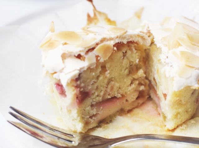 Rhabarber Cupcakes mit Baiser - Gastbeitrag by Puppenzimmer - Kathy Loves
