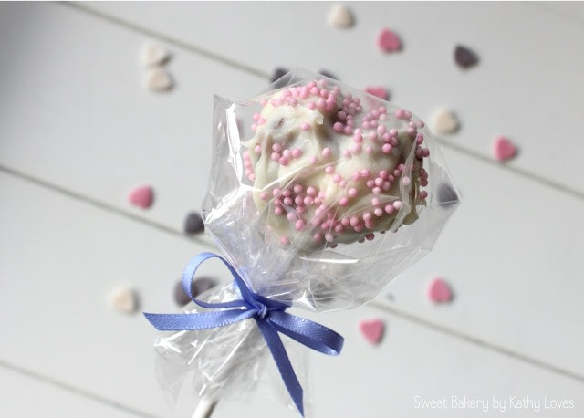 Cake Pops mit Kirschen - by Kathy Loves