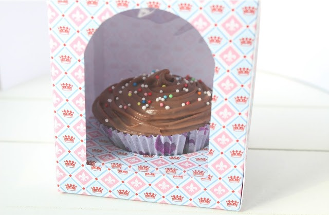 Single Cupcake Box DIY - by Kathy Loves