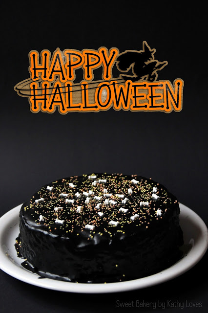 Halloween Bone Cake Baumkuchen - by Kathy Loves