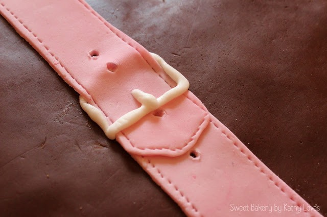 Abschiedskuchen Kofferkuchen Motivtorte Auswandern - by Kathy Loves