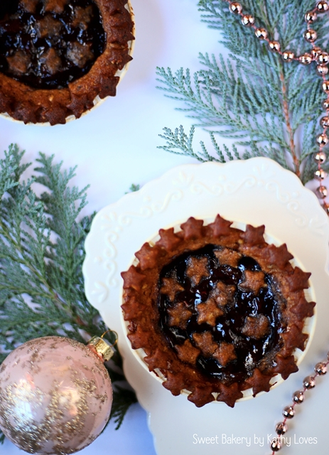 Linzer Tartelettes by Kathy Loves