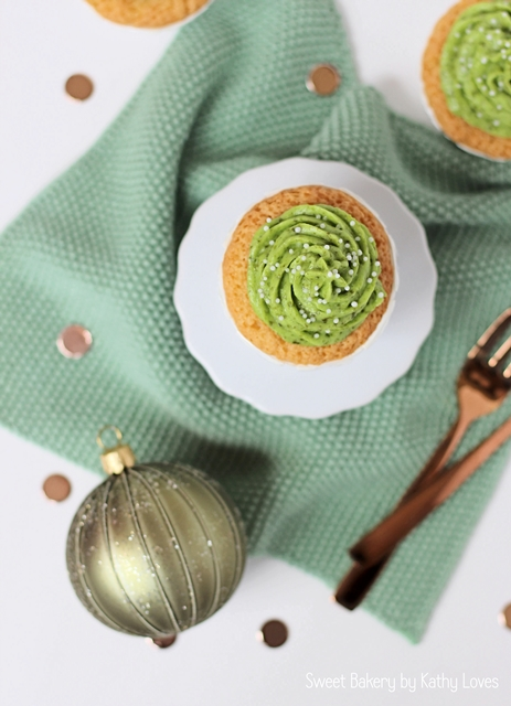 White Chocolate Cupcakes mit Pistaziencreme - by Kathy Loves