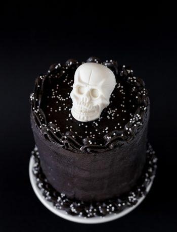 Totenkopf Torte Skull Cake - Birthday Gothic Cake Halloween