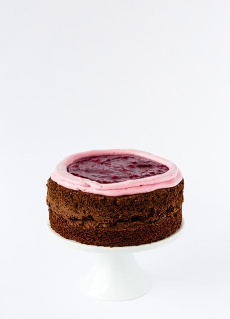 Neujahrs Torte mit Marmeladen Buttercreme und Girlanden DIY