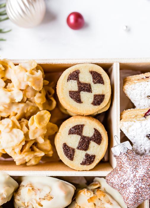 Cookie Box - Schwarz-Weiß-Gebäck