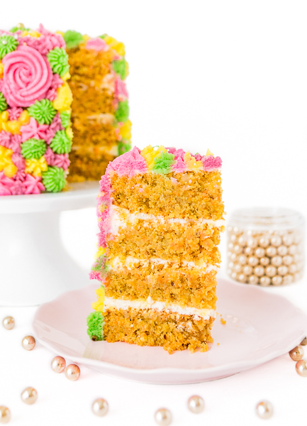 Möhren Kuchen - Carrot Cake mit Cream Cheese Frosting Tortenstück